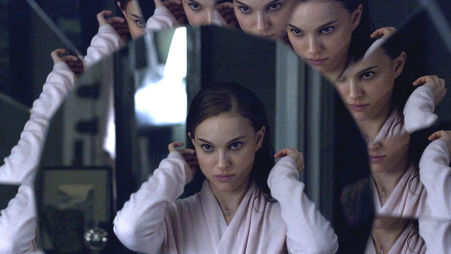 black swan_hi-res_still_000_-_254